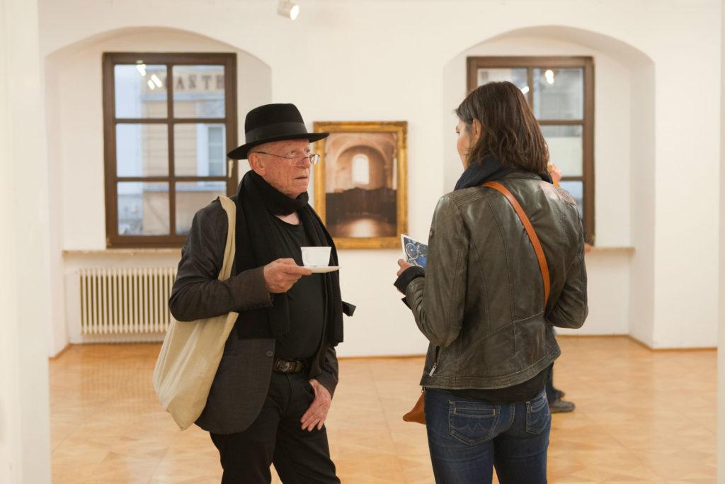 Ausstellungsansicht sub rosa in der Galerie Forum Wels Renate Billensteiner Foto 01
