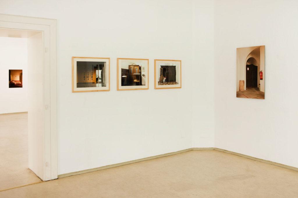 Ausstellungsansicht sub rosa in der Galerie Forum Wels Renate Billensteiner Foto 06