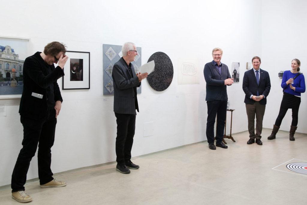 Ausstellungsansicht DIE FORUM Werbeträger Gemeinschaftsprojekt Gerhard Brandl und Renate Billensteiner Bild 03