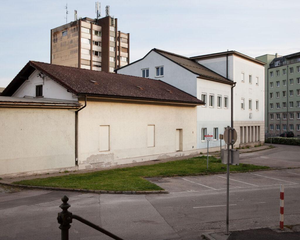 Serie Zeitfragment Linz Wienerstrasse PVÖ Gebäude Renate Billensteiner