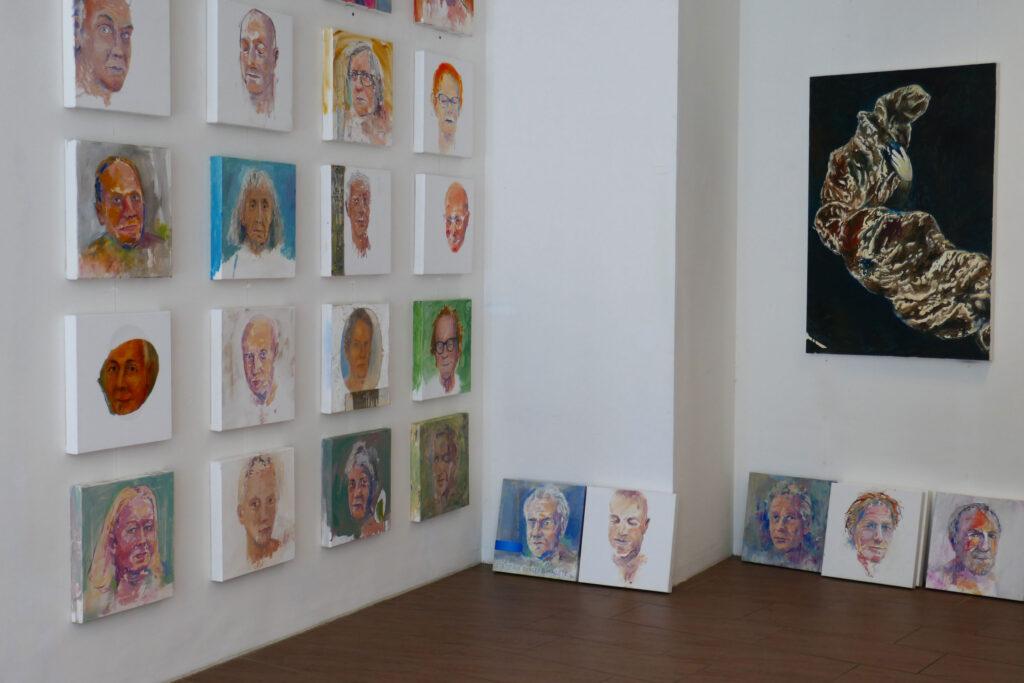 Rundgang Porträts mit Ausstellung Kollaterale Wels temporäres Atelier Gerhard Brandl 2