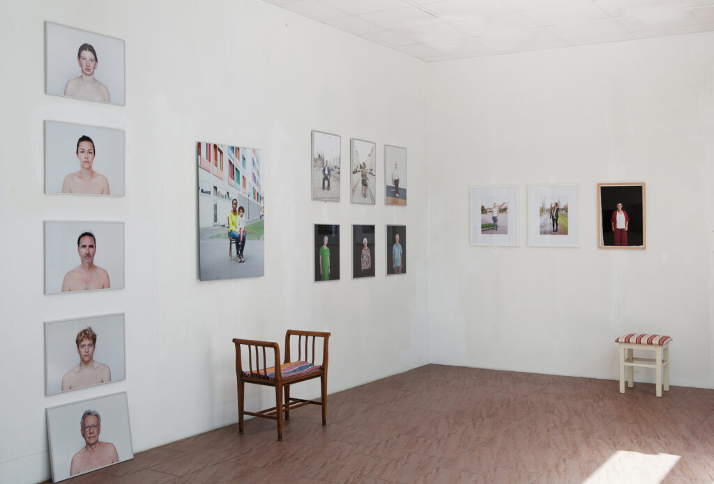 Rundgang Porträts mit Ausstellung Kollaterale Wels temporäres Atelier Renate Billensteiner 7