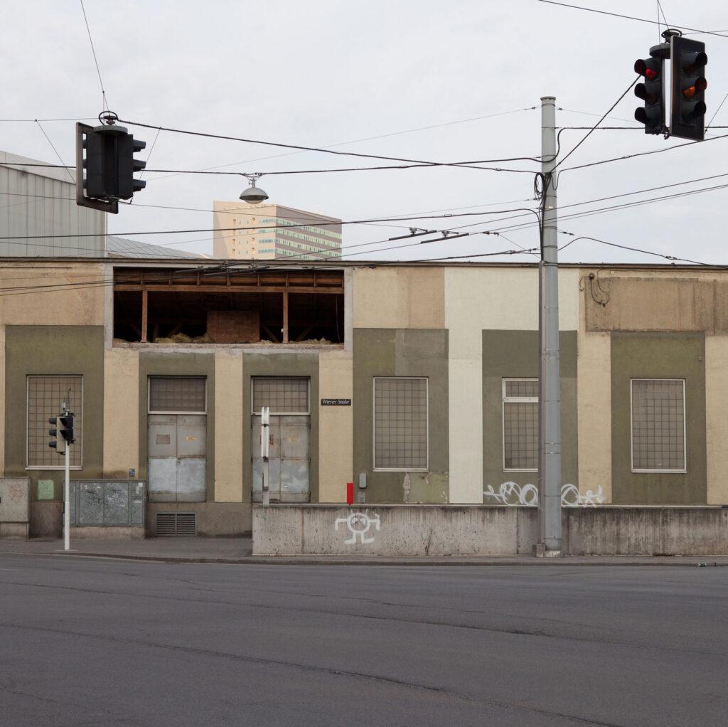 Linz Unionkreuzung Öbb Gebäude April 2020 Renate Billensteiner