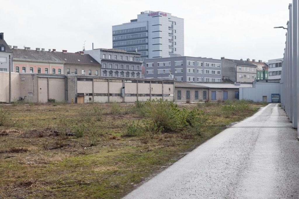 Linz Wienerstrasse/Unionkreuzung Öbb Gelände im April 2020 Renate Billensteiner
